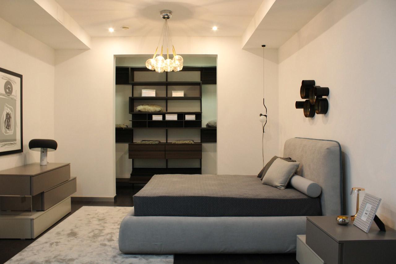 Camere da letto armadi complementi d 39 arredo e design su for De martino arredamenti